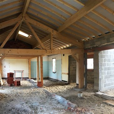 chantier à Capbreton : pose de la charpente